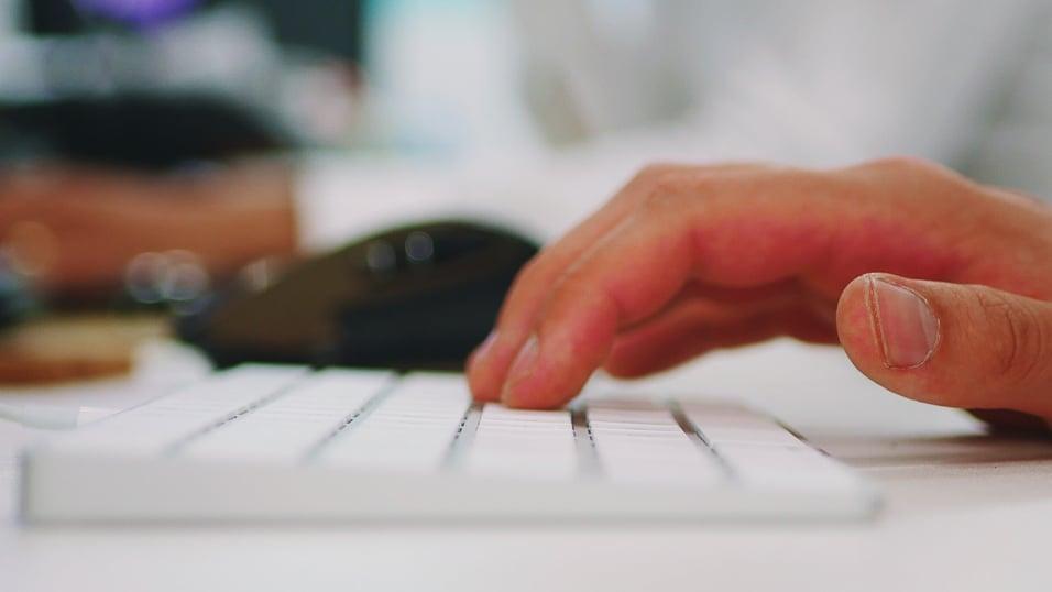 typing(16x9)